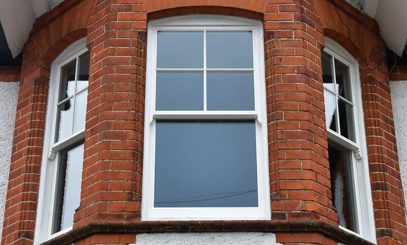 4 over 1 sash window bay