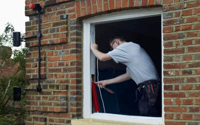 Repair wooden windows